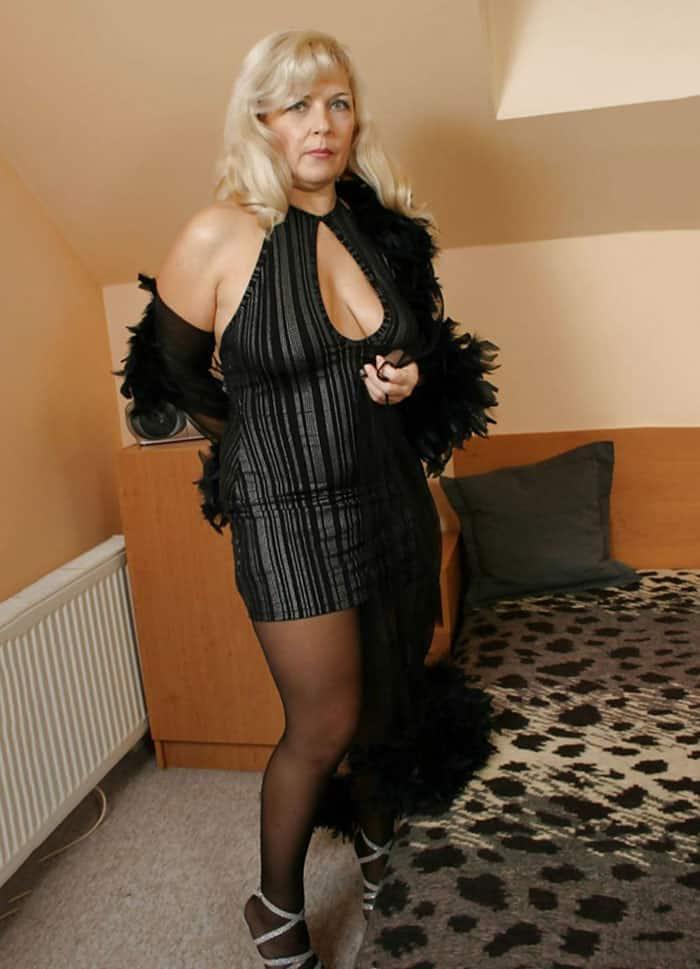 Hot massage girl skype id freepenis4u add me girls - 4 1